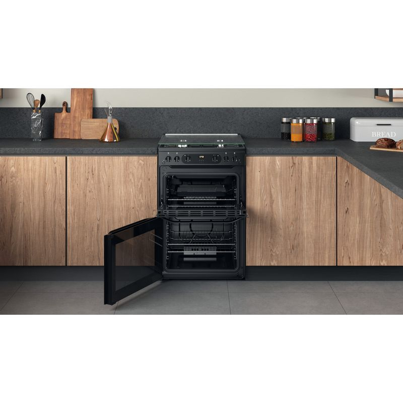 Hotpoint-Double-Cooker-HDM67G0CCB-UK-Black-A--Lifestyle-frontal-open