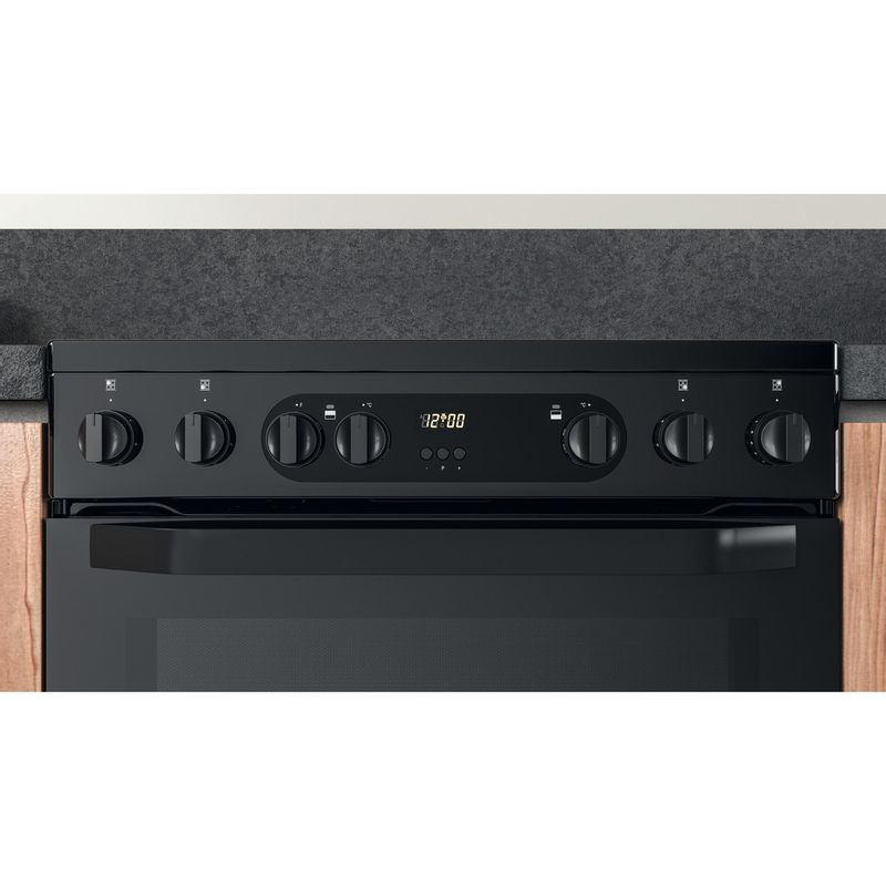 Hotpoint-Double-Cooker-HDM67V9CMB-UK-Black-A-Lifestyle-control-panel