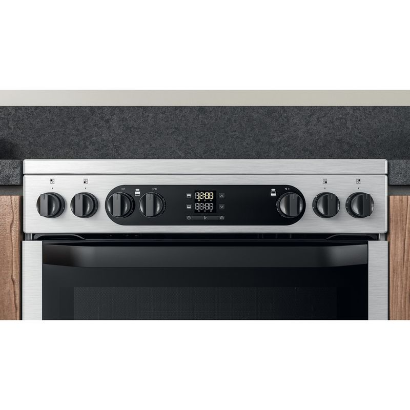 Hotpoint-Double-Cooker-HDM67V9DCX-UK-Inox-A-Lifestyle-control-panel