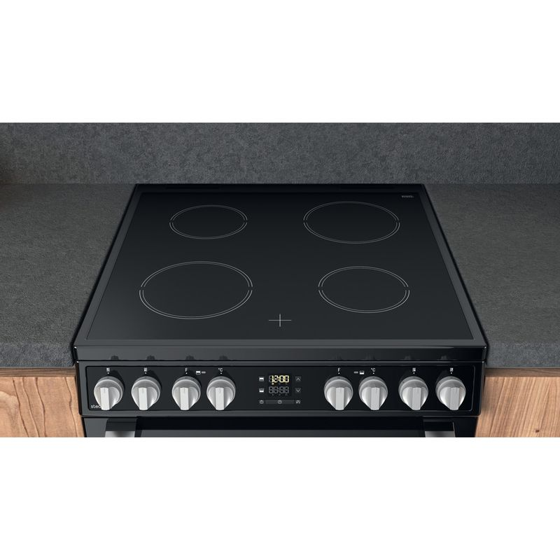 Hotpoint-Double-Cooker-HDT67V8D2CB-UK-Black-A-Lifestyle-frontal-top-down