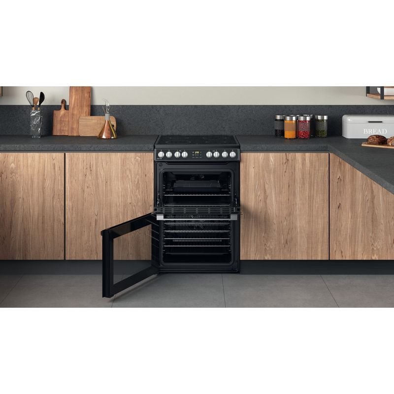 Hotpoint-Double-Cooker-HDT67V8D2CB-UK-Black-A-Lifestyle-frontal-open