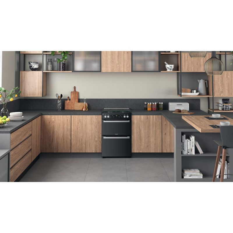 Hotpoint-Double-Cooker-HDM67G8CCB-UK-Black-A-Lifestyle-frontal