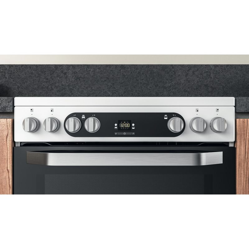 Hotpoint-Double-Cooker-HDM67V9HCW-UK-1-White-A-Lifestyle-control-panel