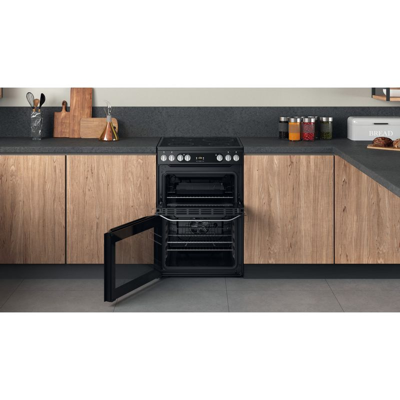 Hotpoint-Double-Cooker-HDM67V9HCB-U-Black-A-Lifestyle-frontal-open
