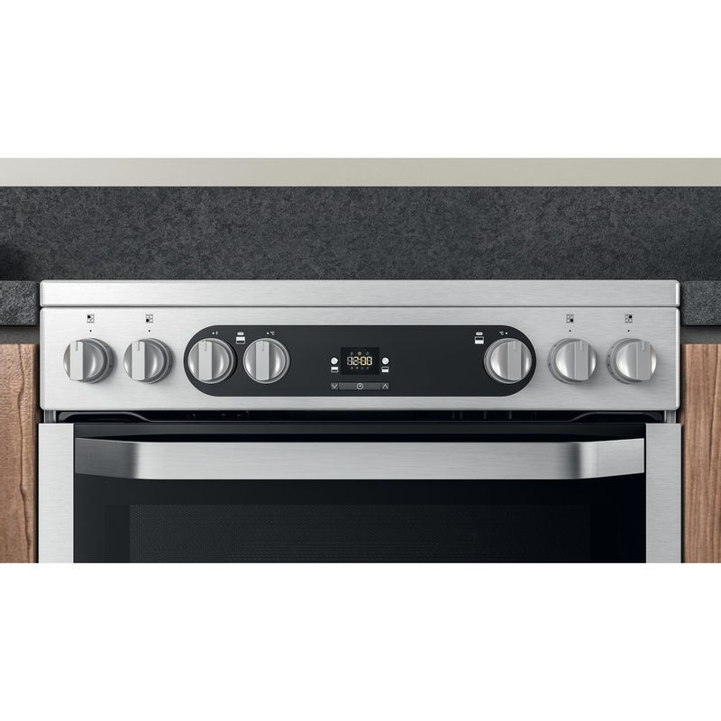 Hotpoint-Double-Cooker-HDM67V9HCX-UK-Inox-A-Lifestyle-control-panel