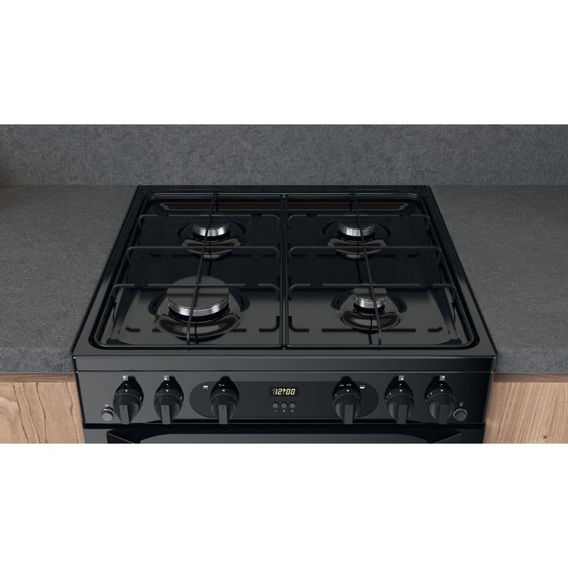 Hotpoint-Double-Cooker-HDM67G0CMB-UK-Black-A--Lifestyle-frontal-top-down