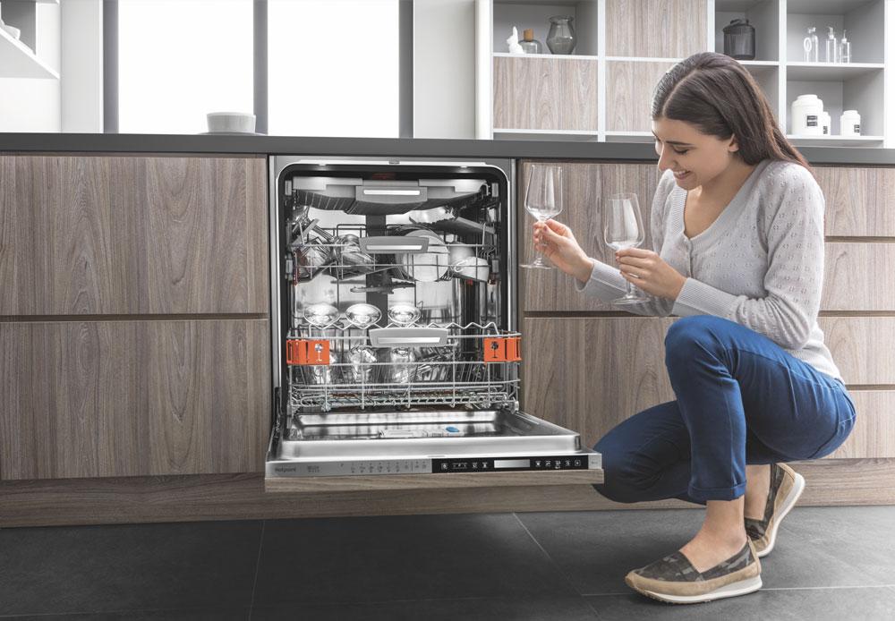 Hotpoint Dishwashers with Innovative technology